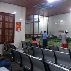 Photo taken at Thành Bưởi (đi Cần Thơ) by Trung D. on 10/26/2012
