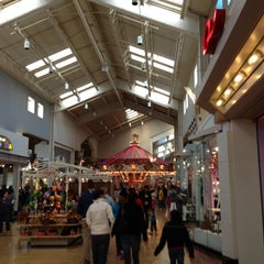 Photo taken at Gurnee Mills by Clarence G. on 10/27/2012