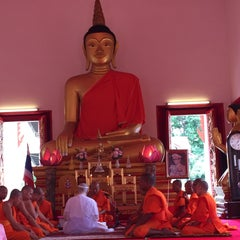 Photo taken at วัดพุทธมงคลนิมิตร (Wat Buddhamongkolnimit) by Aykut E. on 7/19/2015