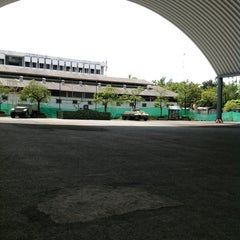 Photo taken at โรงเรียนรักษาดินแดน (Territorial Defense School) by PolPol M. on 11/18/2012