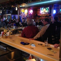 Photo taken at Curly's Waterfront Pub & Grill by Jason T. on 2/9/2013
