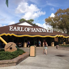Photo taken at Earl of Sandwich by Leslie P. on 2/22/2013