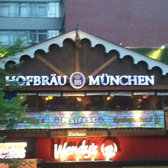 Photo taken at Hofbräu Bierhaus NYC by Trevis D. on 5/4/2013