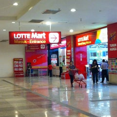 Photo taken at LotteMart by Armein H. on 1/10/2015