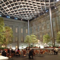 Photo taken at National Portrait Gallery by Omar L. on 12/13/2012
