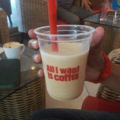 Photo taken at Cafe Coffee Day by Laxman Deepak Raj J. on 5/11/2014