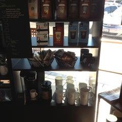 Photo taken at Starbucks by Luka K. on 10/20/2012