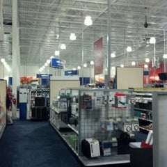 Photo taken at Best Buy by Joseph P. on 12/3/2012