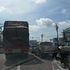Photo taken at หลักกิโลเมตรที่ 0 จังหวัดขอนแก่น (Zero Kilometer of Khon Kaen) by au+ k. on 7/7/2013