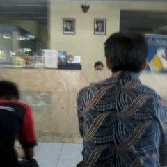 Photo taken at kantor pos gondolayu by Prop W. on 7/17/2012