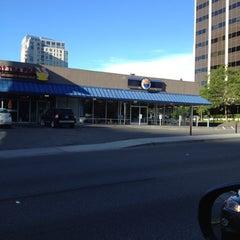 Photo taken at Fisker of Bellevue by Joanne P. on 9/3/2012
