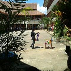Photo taken at SMK Negeri 3 Manado by Alen W. on 5/2/2014