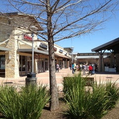 Photo taken at Round Rock Premium Outlets by Cynthia ❤ S. on 3/13/2013