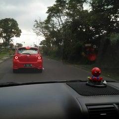 Photo taken at Arini Car Wash by Rinaldo S. on 9/29/2012