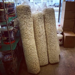 Photo taken at Knight's Gourmet Popcorn by Nikul R. on 12/9/2014