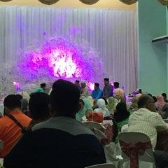Photo taken at Dewan Jubli Perak by Fahmi A. on 12/25/2015