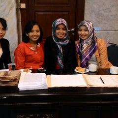 Photo taken at Mahkamah Konstitusi by Dwiki S. on 9/16/2014
