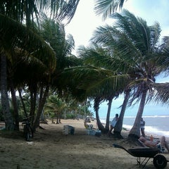 Photo taken at Praia do Forte by Jailson d. on 4/22/2013