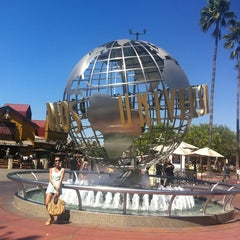 Photo taken at Universal Studios Hollywood Globe and Fountain by Katya S. on 9/14/2012