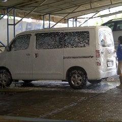 Photo taken at Arema Car Wash by Adi N. on 5/14/2013