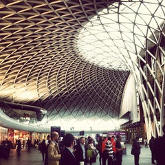 Photo taken at London King's Cross Railway Station (KGX) by Kevin Y. on 5/21/2013