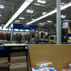 Photo taken at Lowe's Home Improvement by Chuck N. on 11/3/2012