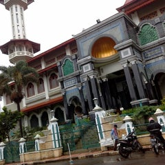 Photo taken at Masjid Agung Cianjur by Ayu A. on 1/12/2014