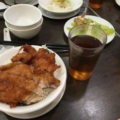 Photo taken at Delicious Kitchen 美味廚 by Masashi S. on 11/20/2015
