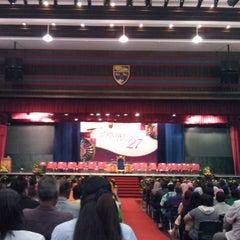 Photo taken at Universiti Malaya (University of Malaya) by zulkamal s. on 11/9/2013