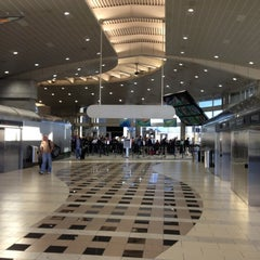 Photo taken at Tampa International Airport (TPA) by Mitch M. on 12/14/2012