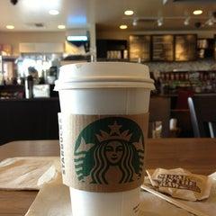 Photo taken at Starbucks by Geo V. on 2/16/2013