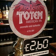 Photo taken at The Crown (Wetherspoon) by mark o. on 4/16/2015