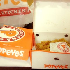 Photo taken at Popeyes by Mandy L. on 8/2/2013