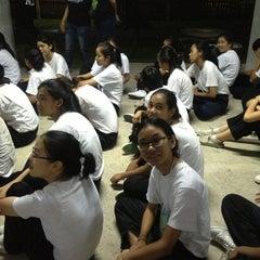 Photo taken at ตึกพักหญิงชวนชม by deenudee🎈 on 8/27/2013