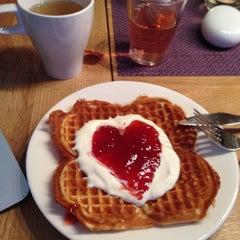 Photo taken at Stavanger Bed & Breakfast by Rocío H. on 8/18/2014