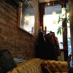 Photo taken at Ringo's Salon by Nathan L. on 11/17/2012