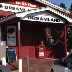 Photo taken at Dreamland Bar-B-Que Ribs by Poliana B. on 8/7/2014