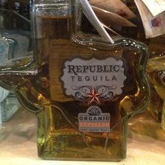 Photo taken at Pogo's Wine & Spirits by Katherine on 10/16/2012