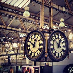 Photo taken at London Waterloo Railway Station (QQW) by Chris T. on 12/11/2012