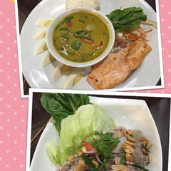 Photo taken at Black Canyon (แบล็คแคนยอน) by nudee w. on 6/13/2015