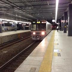 Photo taken at JR 宝塚駅 (Takarazuka Sta.) by fuyu ガ. on 9/12/2013