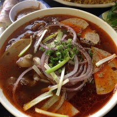 Photo taken at Pho Thanh by Kenny C. on 3/8/2015