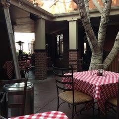 Photo taken at Grimaldi's Coal Brick-Oven Pizzeria by Cynthia G. on 3/21/2013