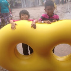 Photo taken at Wet World Shah Alam by Shera A. on 1/1/2016