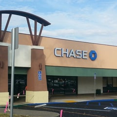 Photo taken at Chase Bank by Cesar L. on 7/12/2013