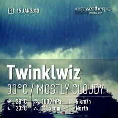 Photo taken at Twinklwiz by Putik L. on 1/15/2013