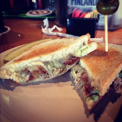 Photo taken at Hammontree's Grilled Cheese by Leslie K. on 11/24/2012