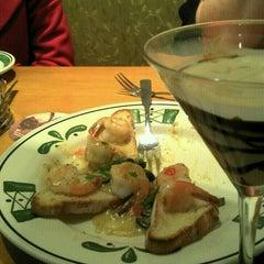 Photo taken at Olive Garden by Marcio G. on 12/31/2012