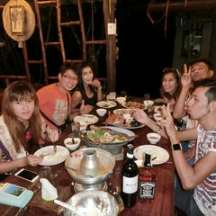 Photo taken at คลองพร้าว รีสอร์ต (Klong Prao Resort Koh Chang) by Zx Tum Z. on 7/31/2015