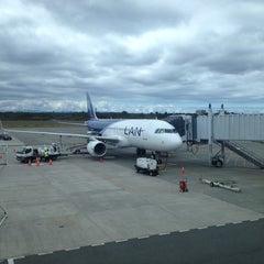 Photo taken at Aeropuerto Internacional El Tepual (PMC) by Eduardo M. M. on 10/26/2013